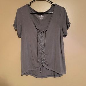 AE Soft & Sexy Gray Cropped Lace Front Tee Size L